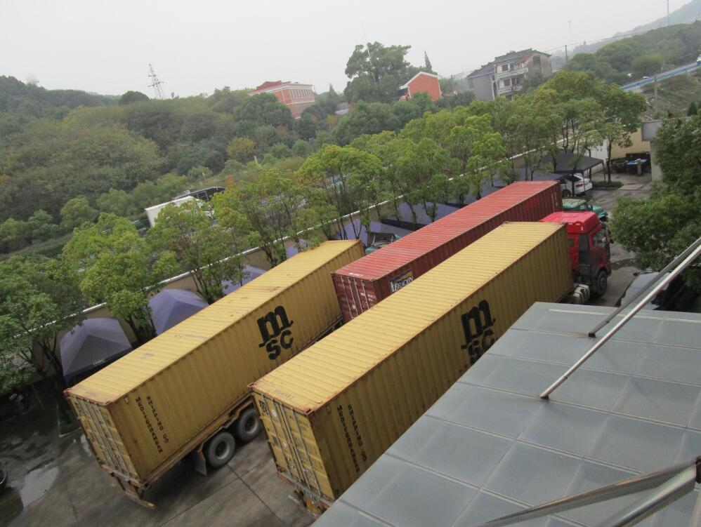 Four containers for Automatic cooling machine and Stacker machine to Argentina