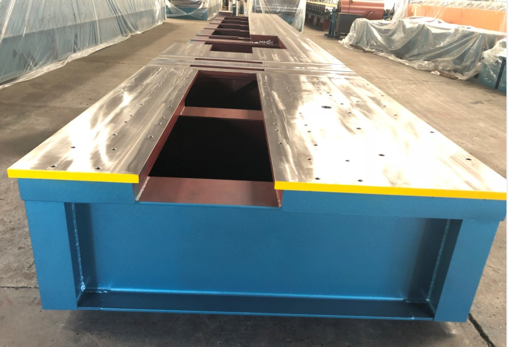 base of Purlin Roll Forming Machine